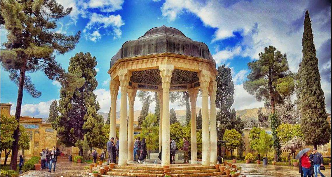 شیراز عسل، خریدی بی نظیر از طبیعی ترین عسل ایران